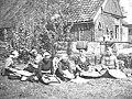 Kantklossen te Wijdenes Kantklossen te Wijdenes, Bestanddeelnr 901-3810.jpg