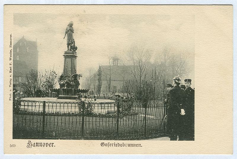 File:Karl F. Wunder PC 0569 Hannover. Goseriedebrunnen.jpg