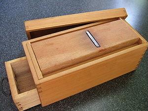 Katsuobushi - Katsuobushi kezuriki used to prepare Katsuobushi shavings
