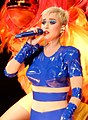 Katy Perry at Madison Square Garden (37436531012) (cropped).jpg