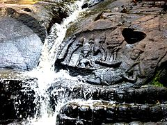 Kbal Spean - 017 Vishnu and Lakshmi (8583651131).jpg