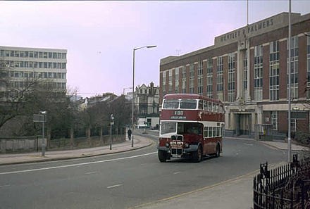 Kings Road in 1979, on the right is the demolished Huntley & Palmers building.