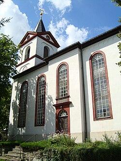 Kirche Grünhainichen.jpg