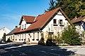Klausen-Leopoldsdorf Gasthaus zum Felsenkeller.jpg