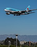 Korean Air Airbus A380 (HL7612) at LAX (22517421847).jpg