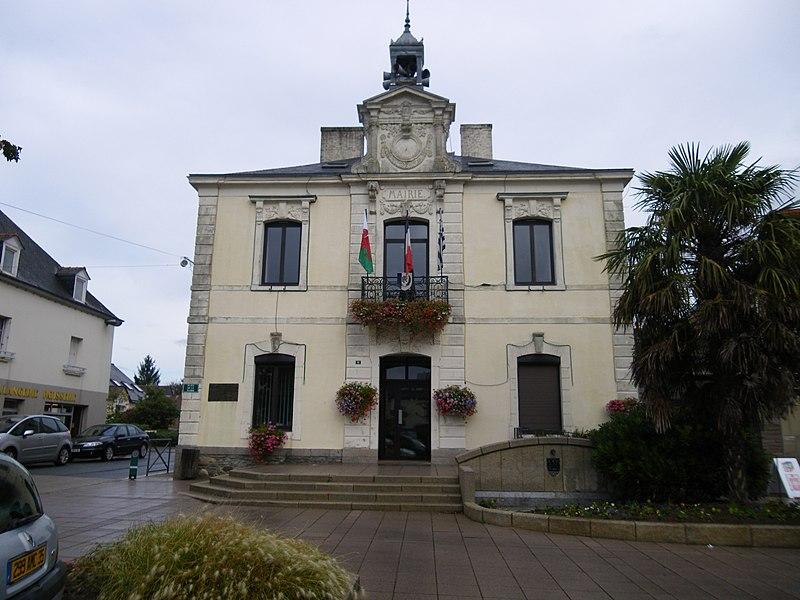 La mairie de pipriac