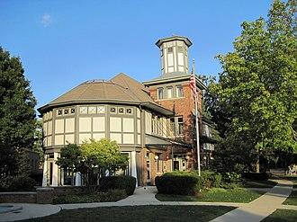 Lake Bluff, Illinois - Lake Bluff Village Hall