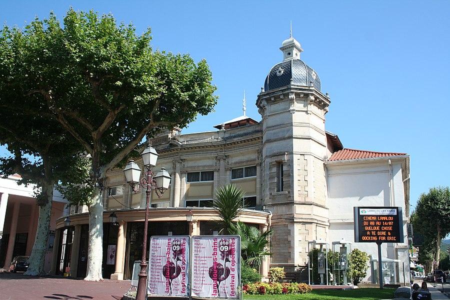 Lamalou-les-Bains - Hérault - théâtre et affiches du festival de l'opérette 2009.