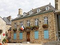 Lamballe - Mairie - Vue partielle - 003.jpg
