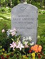 Lasse Lindroths grav i Varberg.jpeg