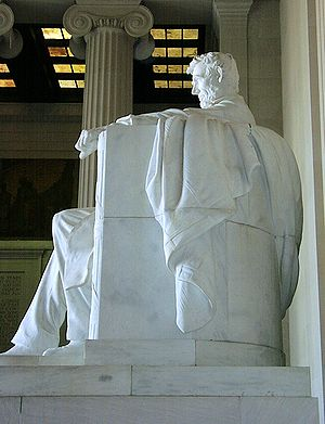 Abraham Lincoln (1920 statue) - Image: Lincoln Memorial 07120002