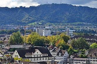 Oppidum Zürich-Lindenhof - Lindenhof hill and Schipfe as seen from Predigerkirche Zürich