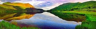 Llyn Cwellyn - Panorama of Llyn Cwellyn. Mynydd Mawr (Big Mountain) at left