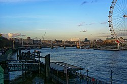 London - View NNE on Hungerford Bridge 1864.jpg