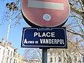 Lyon 9e - Place Vanderpol - Plaque (fév 2019).jpg