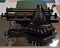 Máquina para la escritura braille.jpg