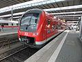 Münchener Hauptbahnhof- auf Bahnsteig zu Gleis 13- Fugger-Express (Alstom Coradia Continental 440 536-1) 26.5.2012.JPG