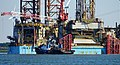 MAERSK GIANT & SMIT PANTHER (21219837174).jpg