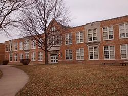 Madison Elementary School, Davenport 2.jpg