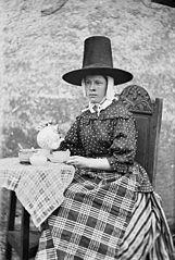 Maggie Edwards, Llanfechell