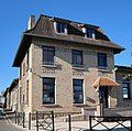Mairie des Clayes-sous-Bois, Yvelines 22.jpg