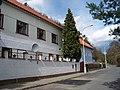 Malá Chuchle, Zbraslavská 57-59.jpg