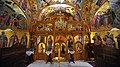 Manastir Rakovica, unutrašnjost crkve i ikonostas.jpg