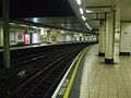 Mansion House stn platform 2 look east.JPG