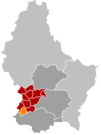 Map of Luxembourg with Bascharage highlighted in orange, the district in dark grey, and the canton in dark red