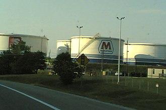 Catlettsburg Refinery - Image: Marathon Oil Refinery Catlettsburg KYUS23