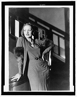 Marlene Dietrich date unknown.jpg
