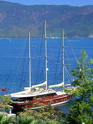 Gulet - A three-masted example in Marmaris. The most common gulet design has two masts.