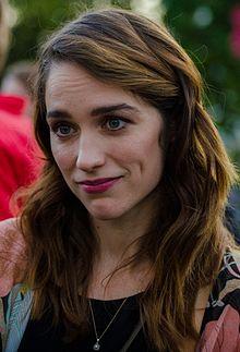 Melanie Scrofano 2016.jpg