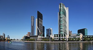 Crown Melbourne - Image: Melbourne Yarra River of City South & North Bank