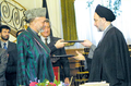Mohammad Khatami and Hamid Karzai -Sa'dabad Cultural Complex-February 26, 2002.png
