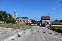 Moras - Place de l'église.JPG
