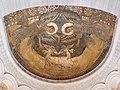 Mosaik eines Künstlers aus Ravenna in der Ostabside von Germigny-des-Prés aus 130.000 Glassteinen.jpg