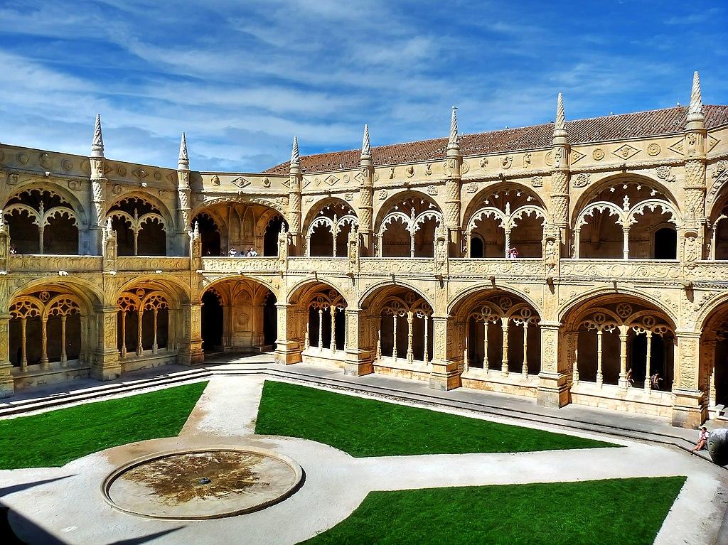 Cour et cloître du monastère Hieronymites à Lisbonne - Photo de Geerd-Olaf Freyer