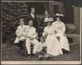 Mr. and Mrs. Theodore Roosevelt with children and dog, some seated, others standing, outdoors) - Pach Bros., N.Y LCCN2009631484.tif