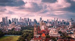 Bombaj Skyline podczas monsoon.jpg