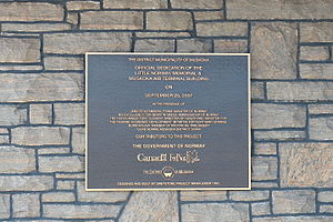 Muskoka Airport - Plaque commemorating dedication of the memorial