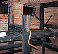Muzeum Ziemi Lubuskiej - Muzeum Tortur - Madejowe łoże 02-2.JPG