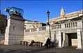 Nelson's ship art on Trafalgar Square - panoramio.jpg