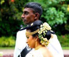 220px Nice wedding couple Kandy Sri Lanka