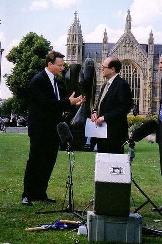 Michael Portillo - Portillo (left) being interviewed by Nick Robinson in 2001