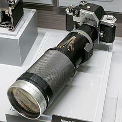 Nikon F Photomic Auto Nikkor Telephoto-Zoom top 2015 Nikon Museum.jpg