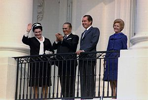 Jovanka Broz - Jovanka Broz in 1971 during a visit to the Nixon White House, with Tito, president Nixon, and first lady Pat Nixon.