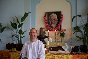 Nome (spiritual teacher) - Image: Nome in Satsang during Sri Ramana Maharshi's Self Realization Day (July 17, 2011)