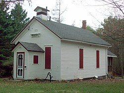 North Lyndon Schoolhouse Apr 10.JPG