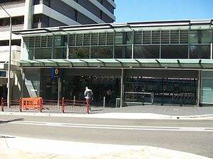 North Sydney railway station entrance.jpg
